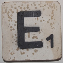Letter E 6x6cm wit