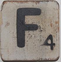 Letter F 6x6cm wit