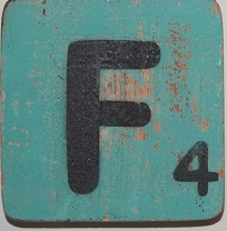 Letter F 6x6cm turqouise