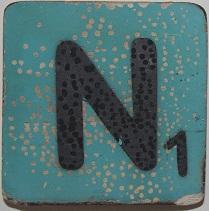 Letter N  6x6 cm lichtblauw