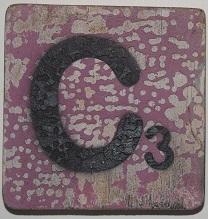 Letter C 6x6 cm aubergine