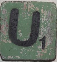 Letter U  6x6cm appelgroen